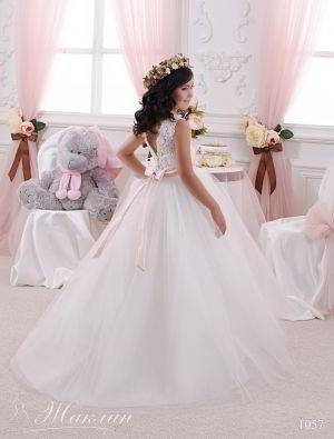 Детское платье модель 1057