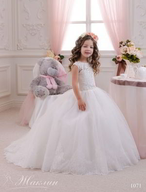 Детское платье модель 1071