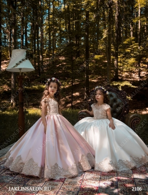 Детское платье модель 2106