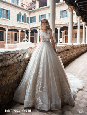 Свадебное платье 2215