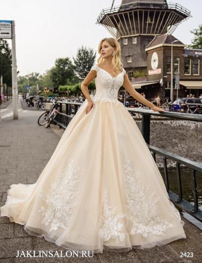 Свадебное платье 2423